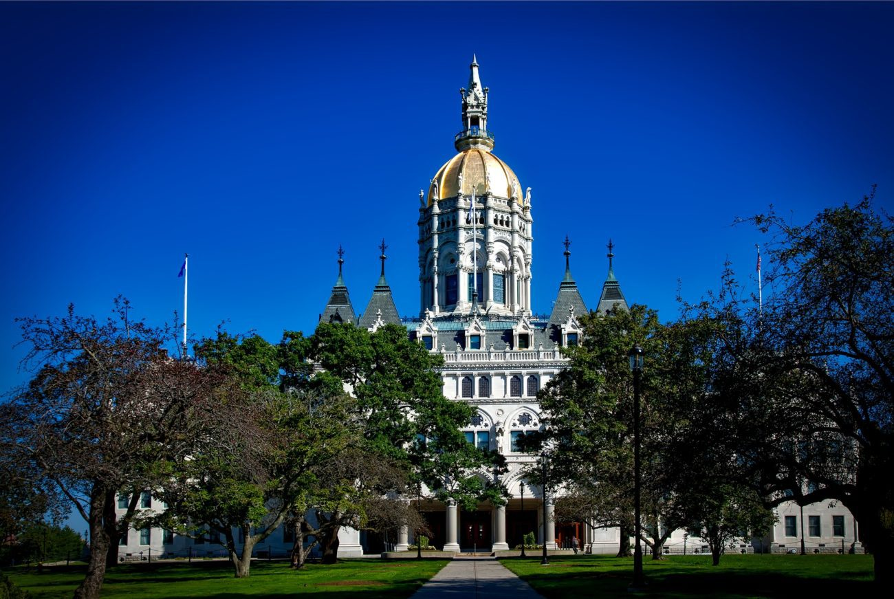 Connecticut receive interest in sports betting licences