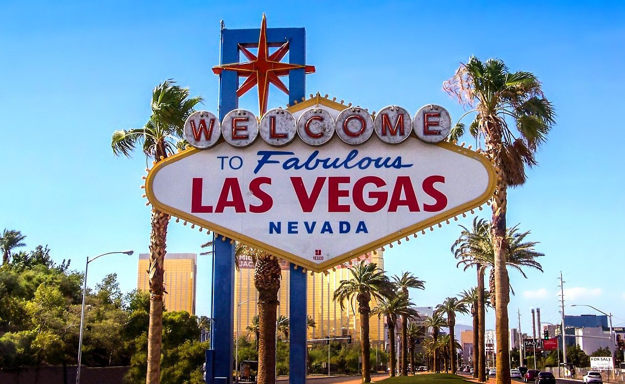 Red Rock agrees Palms Casino sale